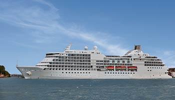 Royal Bermuda & Historic Charleston